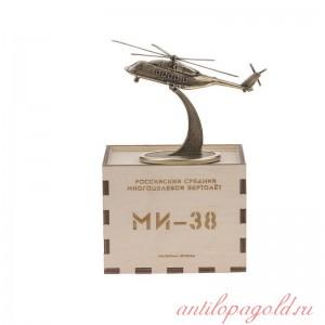 ВЕРТОЛЕТ МИ-38 на подставке
