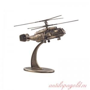 Вертолёт КА-32 на подставке(1:100)