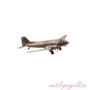 Военно-транспортный самолёт Ли-2(1:135)