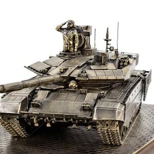 Диорама Т-90 МС на параде 1:35