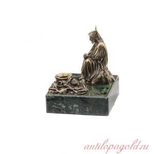 Статуэтка Иисус Христос Сидящий c подсвечником