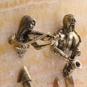 Ключница настенная Скрипачка и саксофонист