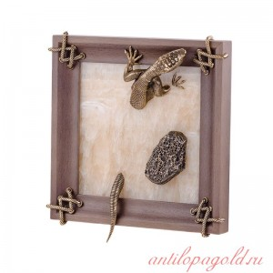 Картина Ящерица с камнем из оникса и бронзы