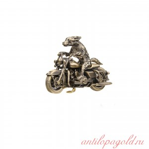 Мотоцикл Harley Davidson Road King с псом