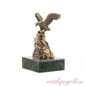 Статуэтка Орел большой. Ессентуки на камне