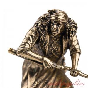 Статуэтка Баба Яга на подставке
