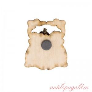 Сувенирный деревянный магнит Кавказ. Горец с горянкой