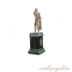 Статуэтка Дзержинского на подставке с часами