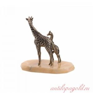 Статуэтка Жираф большой и маленький на камне