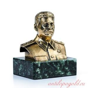 Бюст И.В. Сталин