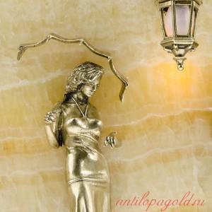 Ключница настенная Девушка с парнем с подсветкой