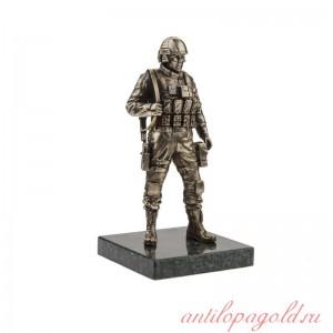 Солдат Сил специальных операций большой