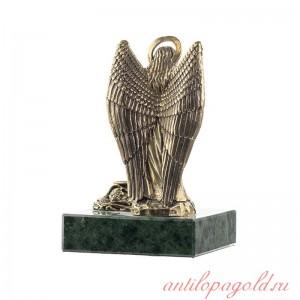 Статуэтка Ангел. Большой с подсвечником на натуральном камне