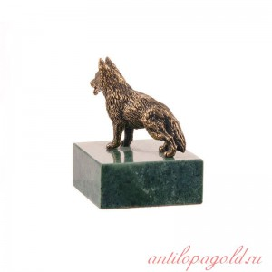 Статуэтка Овчарка на подставке