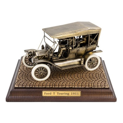 Диорама Ford T Touring 1911 1:24