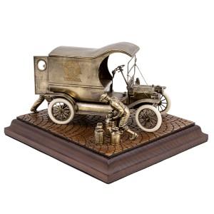 ДИОРАМА Генри Форд и модель T «Delivery Car» 1/24