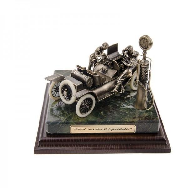 ДИОРАМА Генри Форд и модель T «Speedster» 1/24
