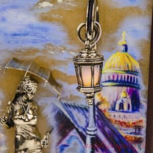 КАРТИНА Девушка с зонтом. Набережная. Мост с подсветкой
