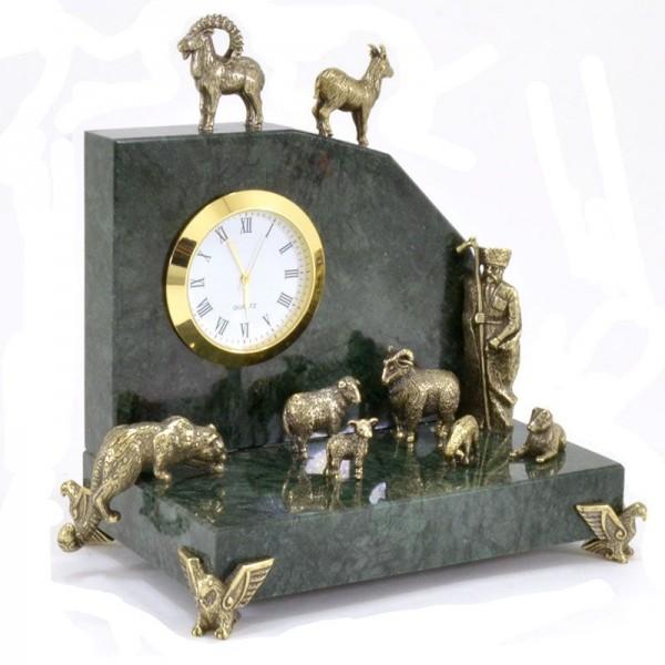Настольные часы Охота