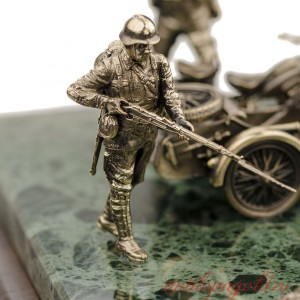 ДИОРАМА Мотоциклы R-12 и М-72 1/35