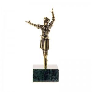 Статуэтка Горец в танце. Большой на камне