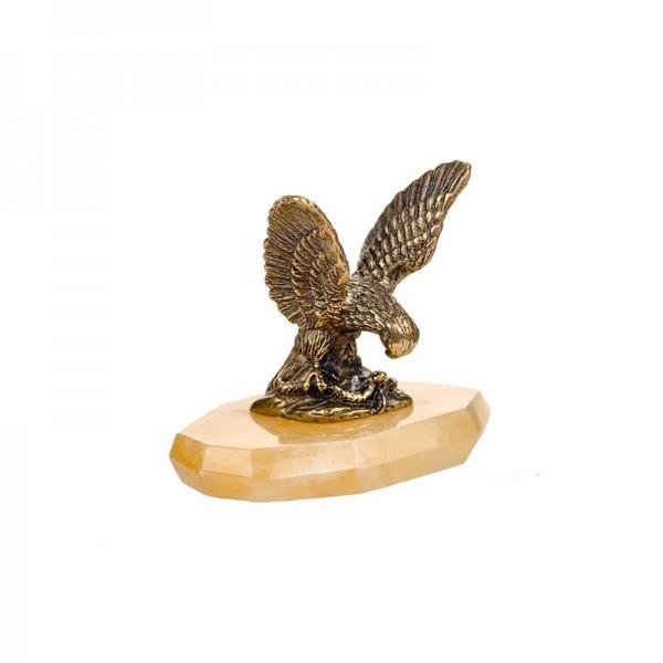 Статуэтка Орел маленький на ониксе